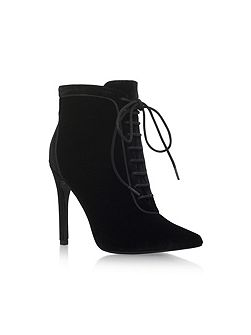 Glen high heel ankle boots