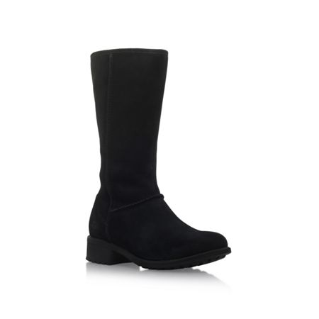 UGG Linford low heel calf boots