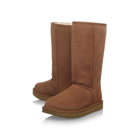 UGG Tall chestnut II flat fur lined boots