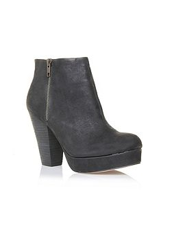 Vera Ankle Boots