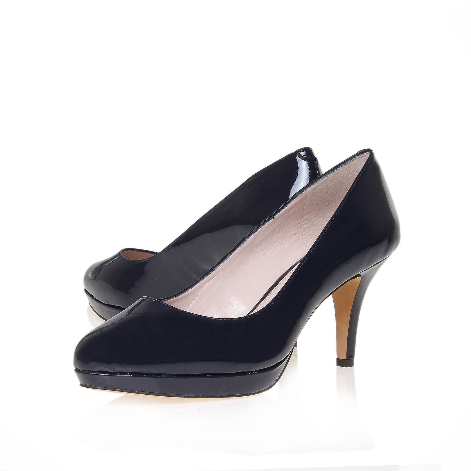 Desti court shoes