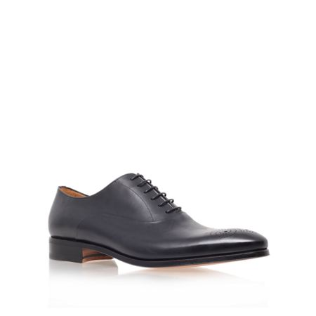 Stemar Chisel Punch Toe Lace Up Oxford Shoes