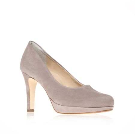 Beatrice court shoes