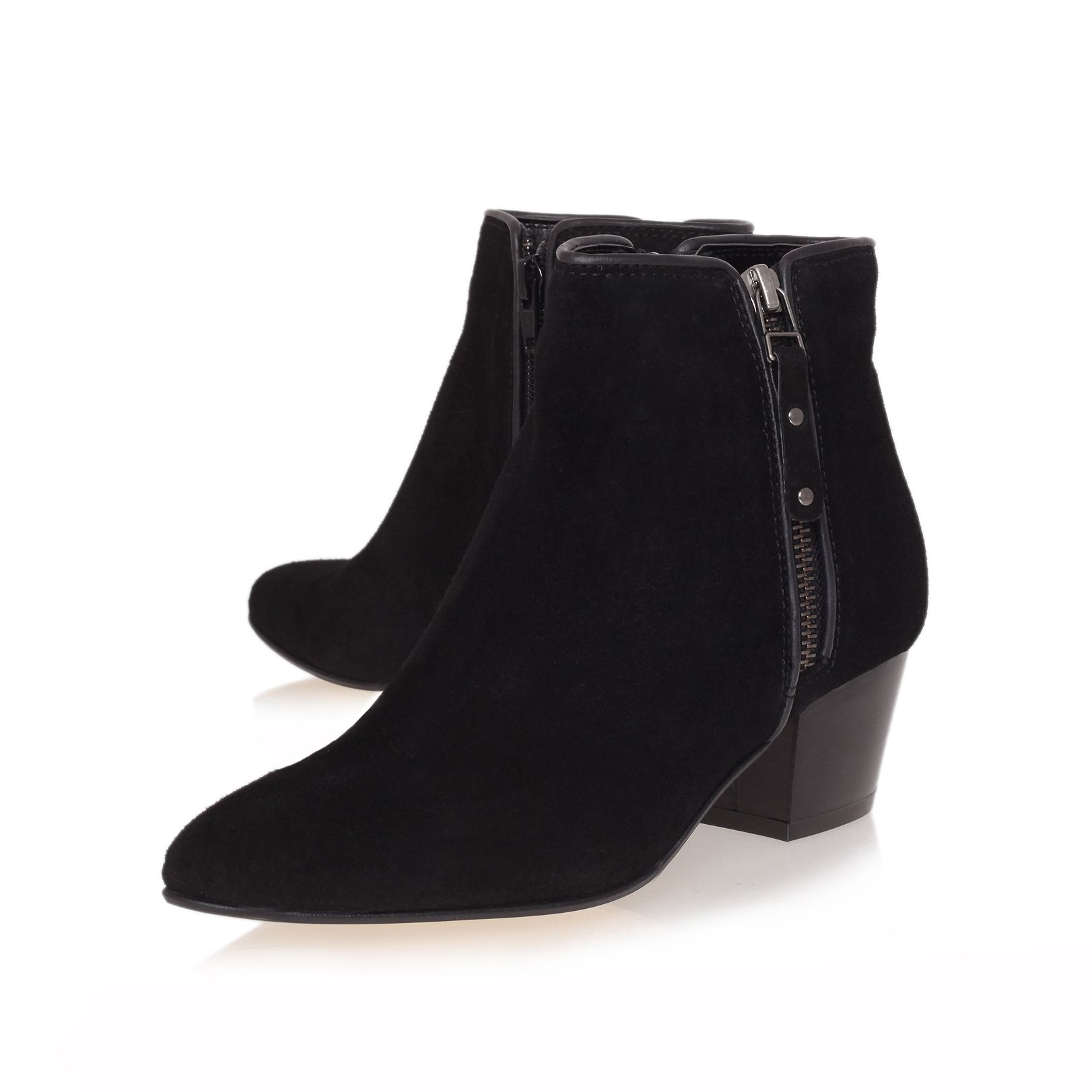 Scatter boots