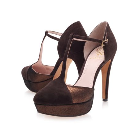 Vince Camuto Akido court shoes