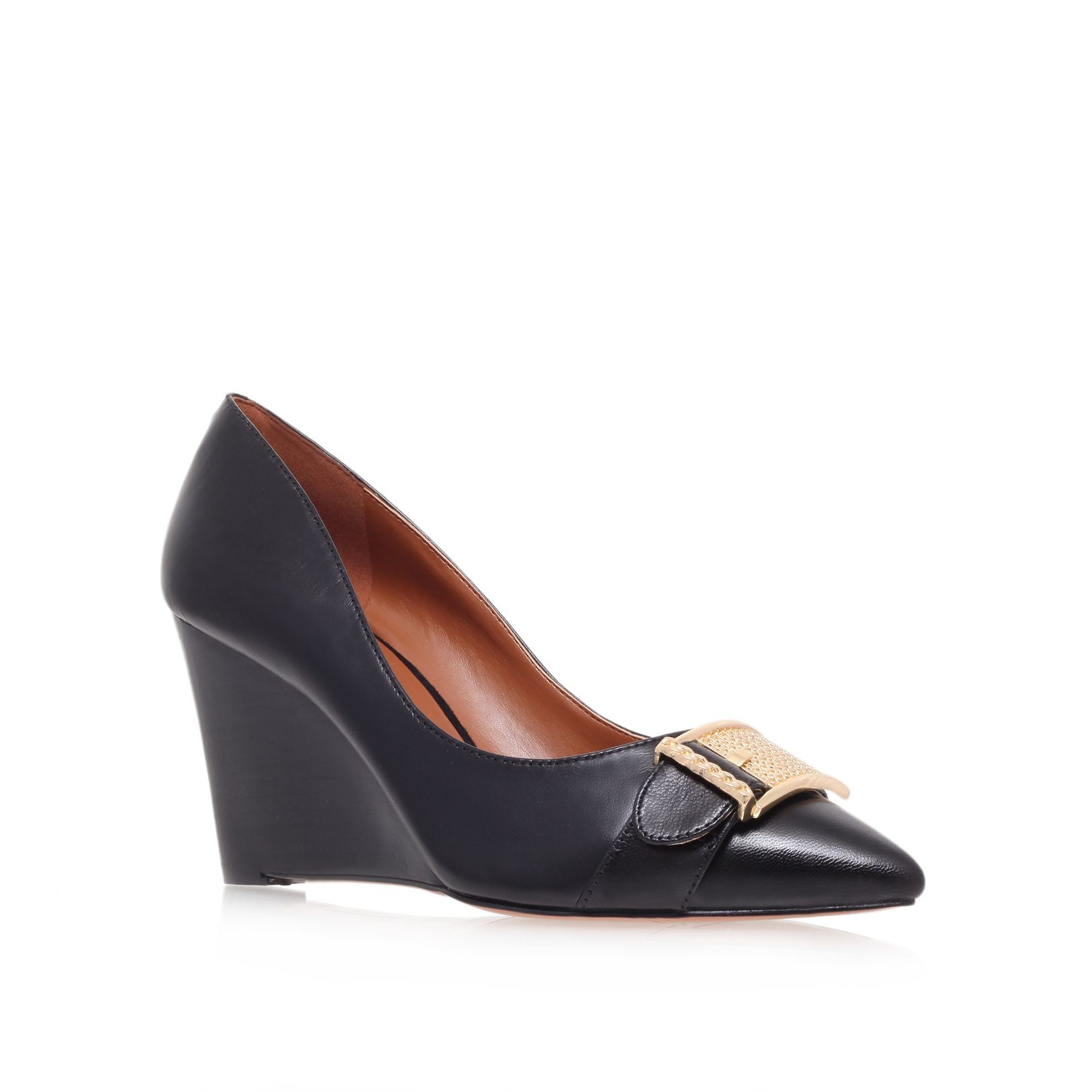 Wirca low wedge court shoe