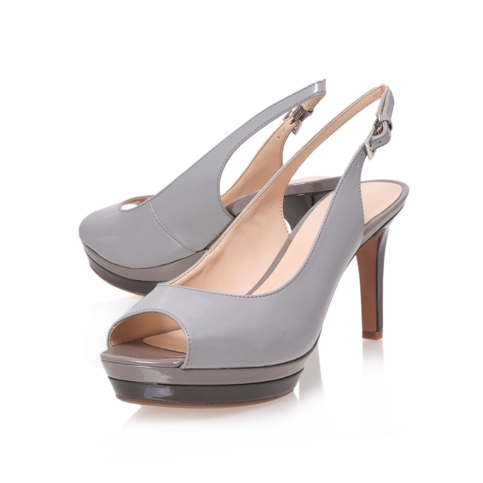 Able3 high heel court shoes