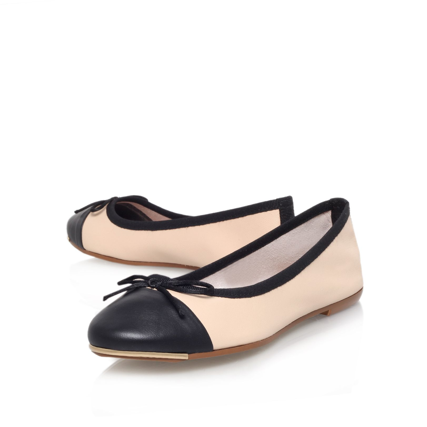 Law flat ballerina shoes