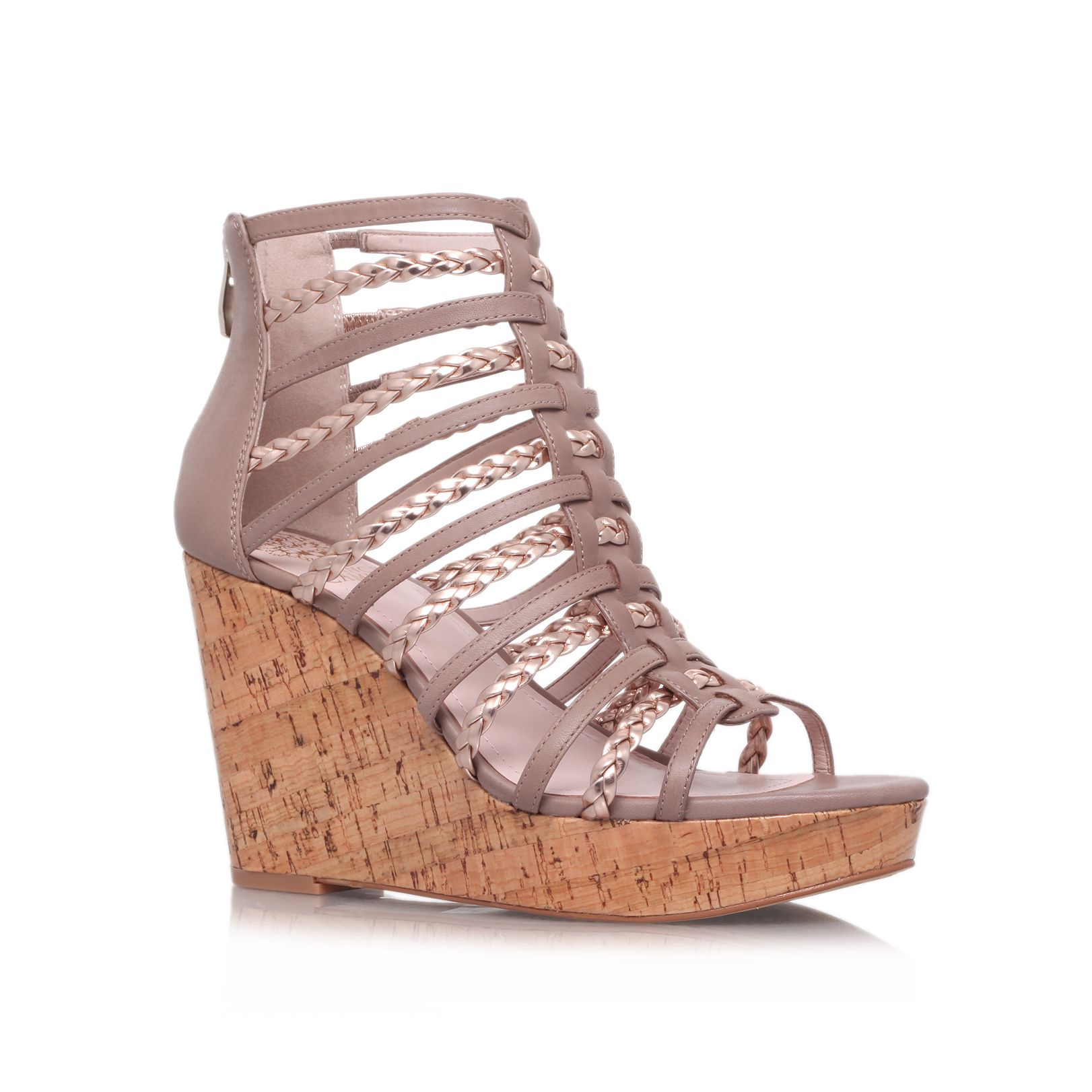 Tongah wedge shoes