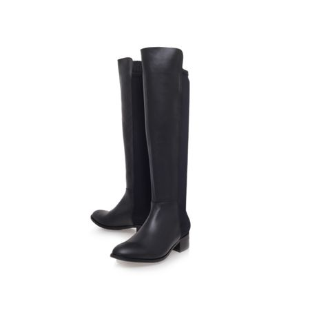 KG William low heeled boots