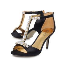Gunebug2 mid heeled court shoes