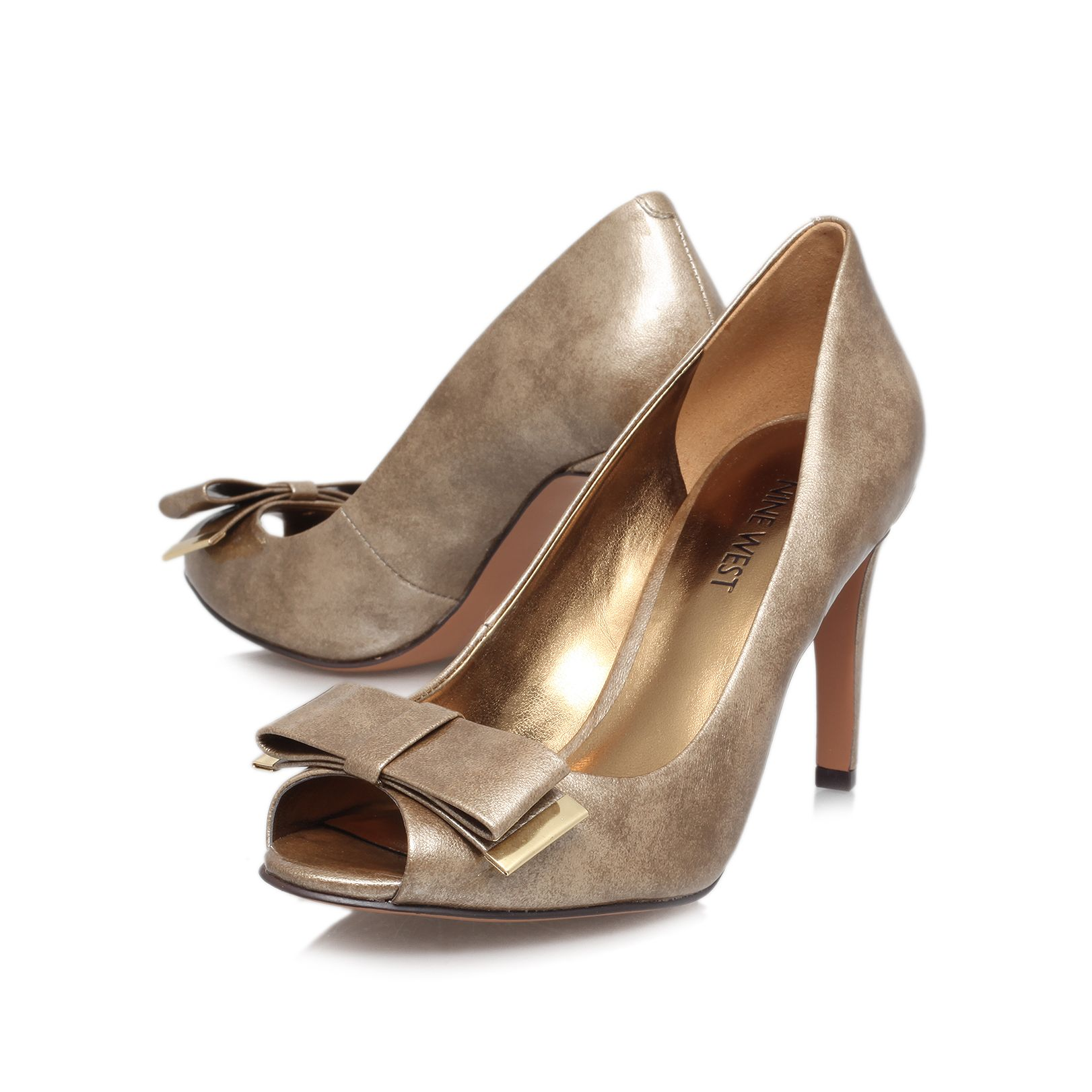 Dhara3 high heeled court shoes