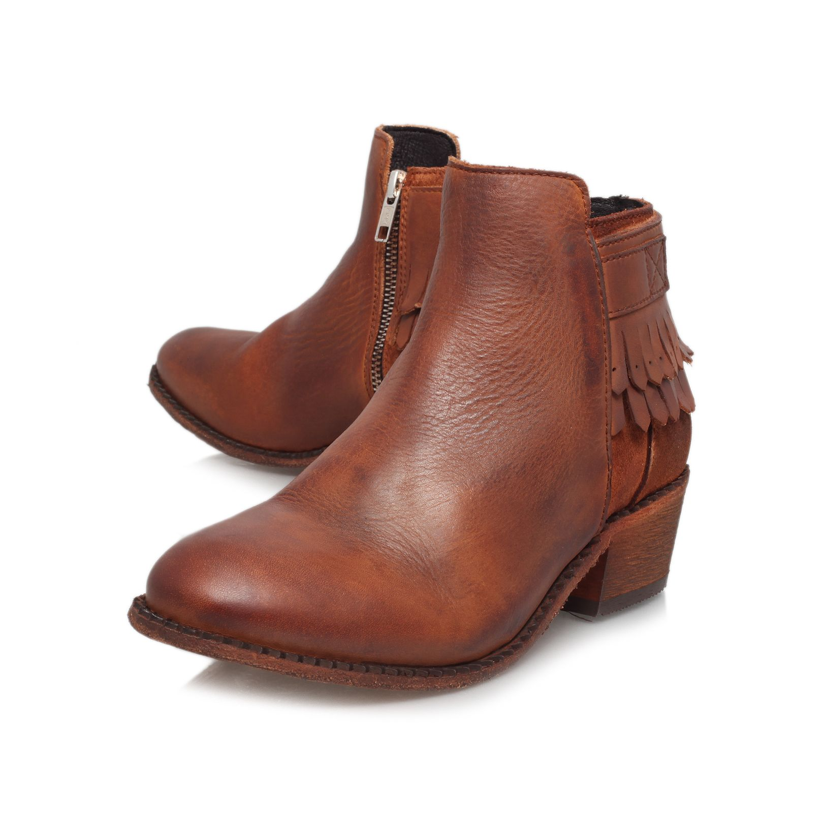 Core ankle boots