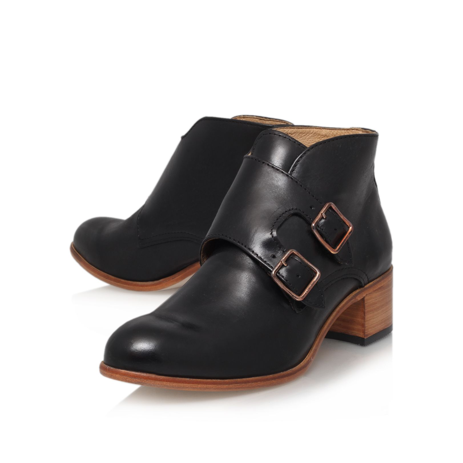 Elliot low heel boots