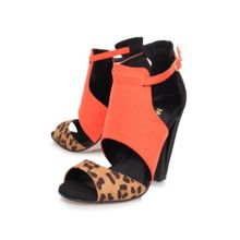 Earl high heeled court shoes
