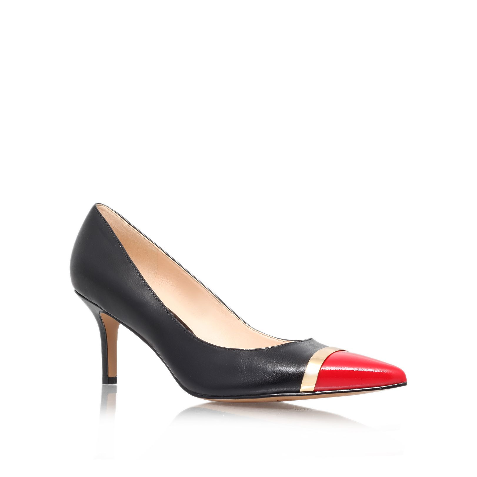 Auriela court shoes
