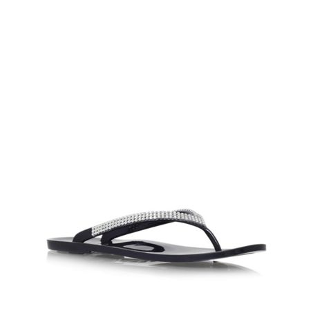 Carvela Skippy flat slip on toe post sandals