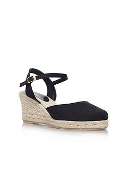 Sabrina mid wedge heel court shoes