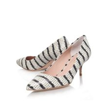 Tiarella low heeled court shoes