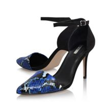 Allie high heel court shoes