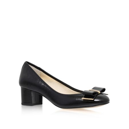 Michael Kors Keira mid block heel court shoes