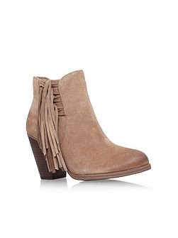 Harlin ankle boots