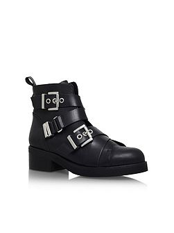 Skill low heel ankle boots