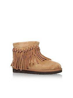 Wynona fringe fur lined boots