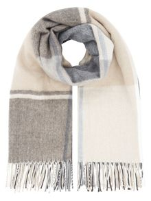 Accessorize Fleet street check blanket scarf