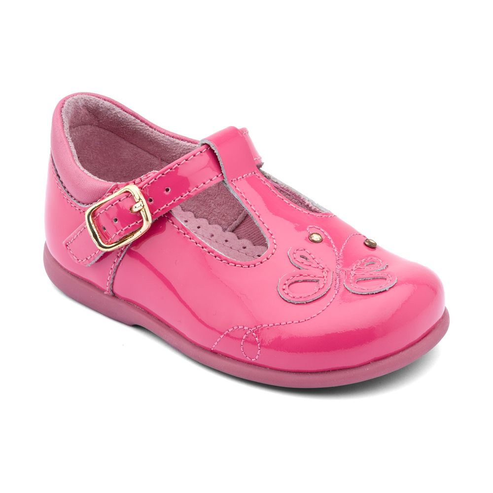 First girl`s pixie patent shoes