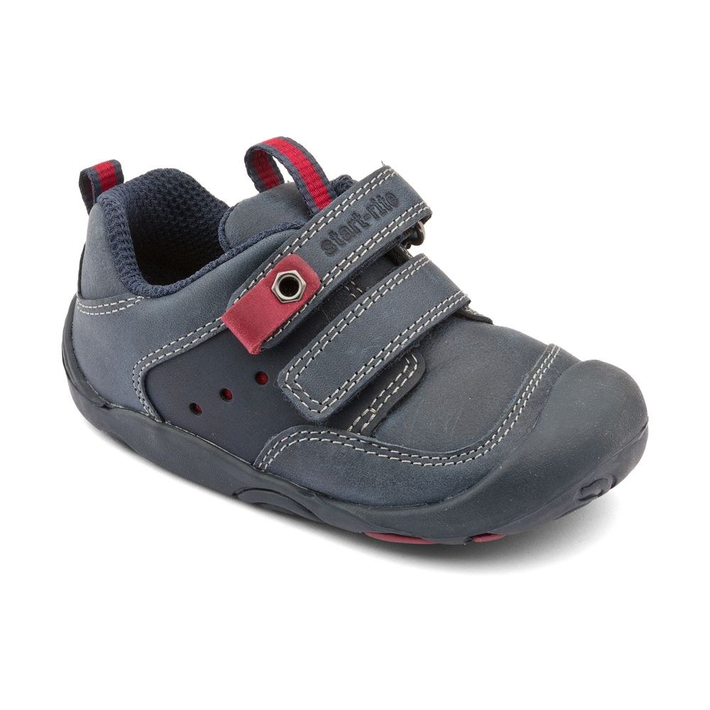 First boy`s totter leather shoes