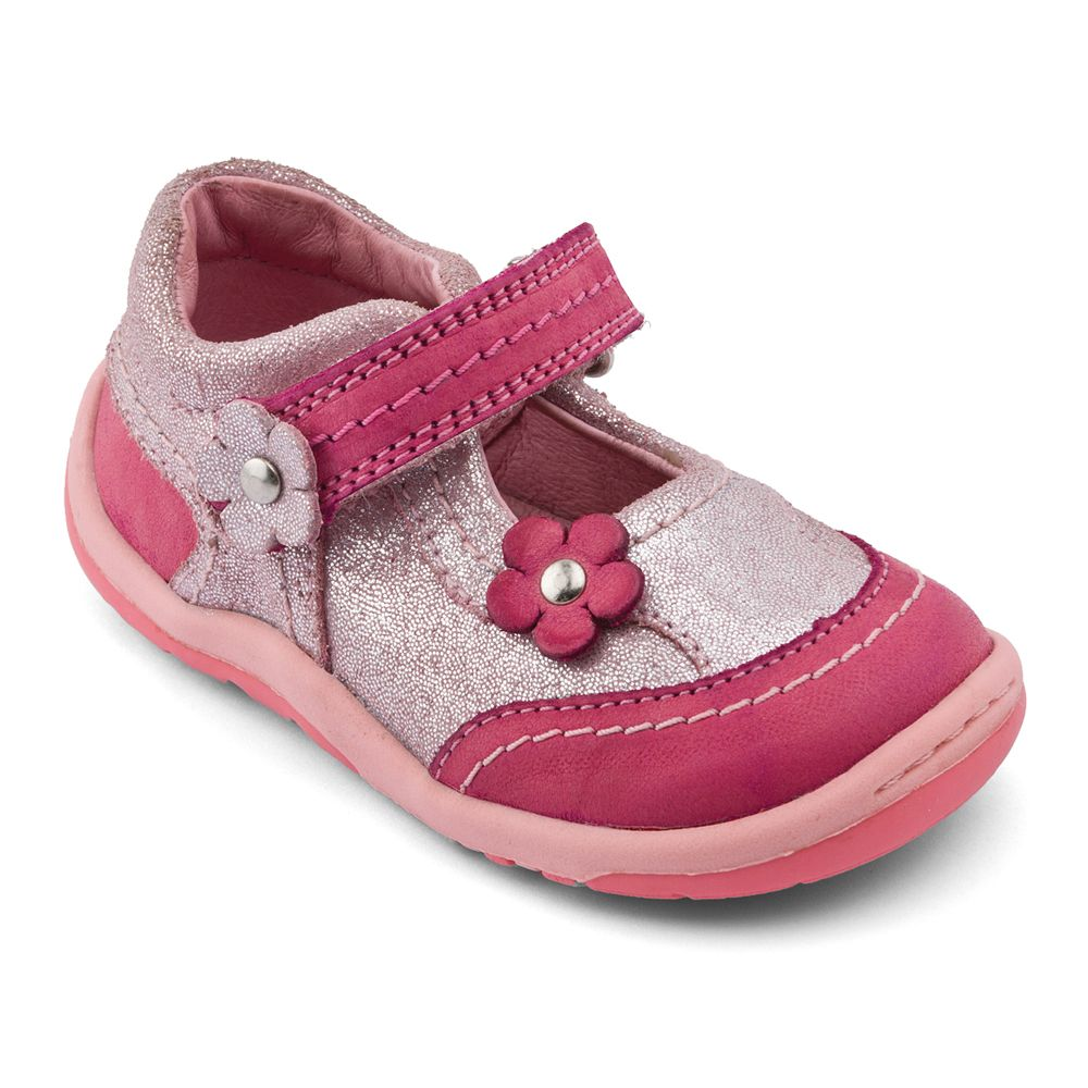 Girl`s petals pink leather first walker shoes