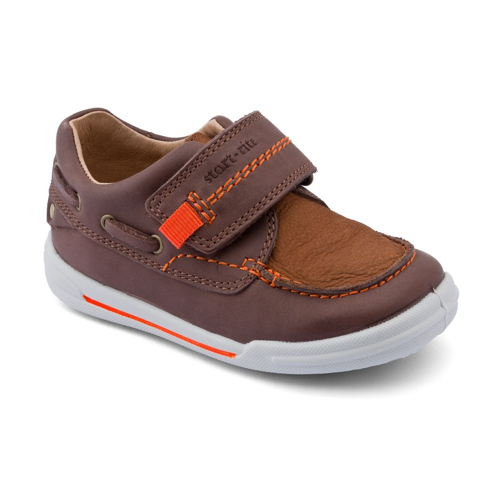 Boy`s flexy-soft sail leather first walker shoes