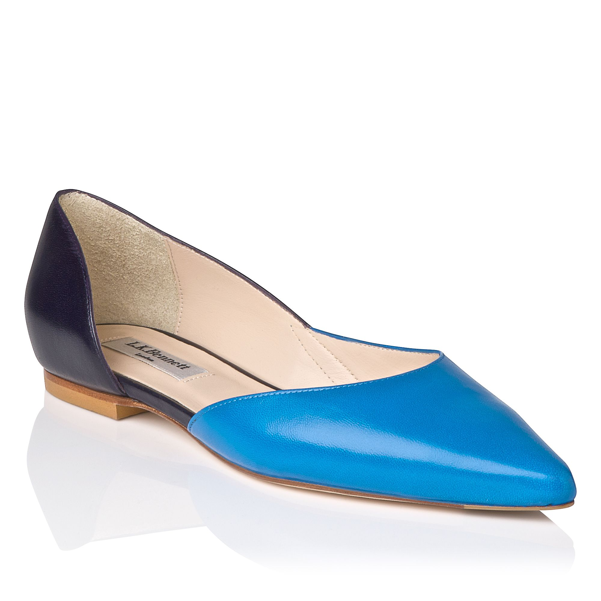 Hope leather flat point toe pumps