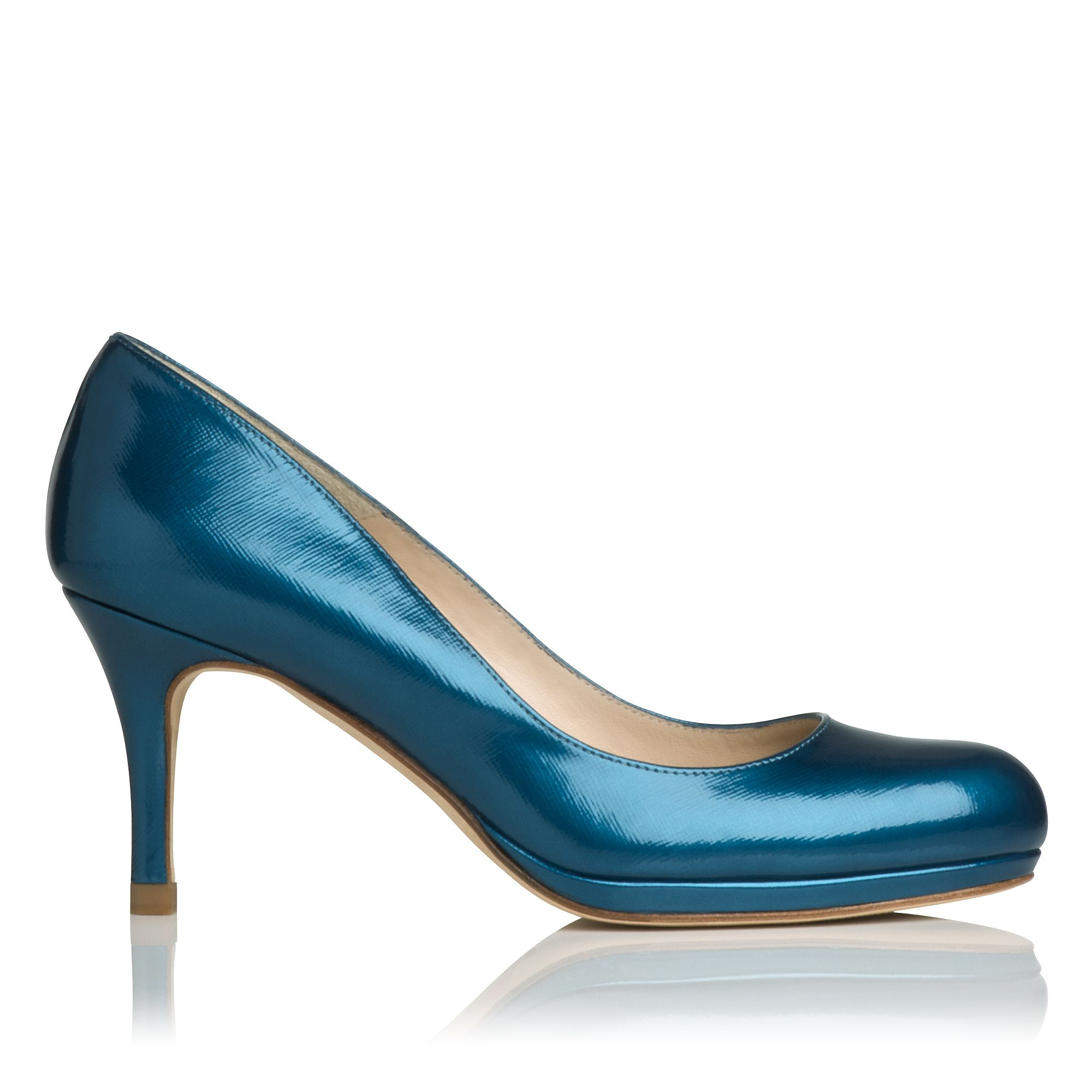 Sybila round toe court shoes