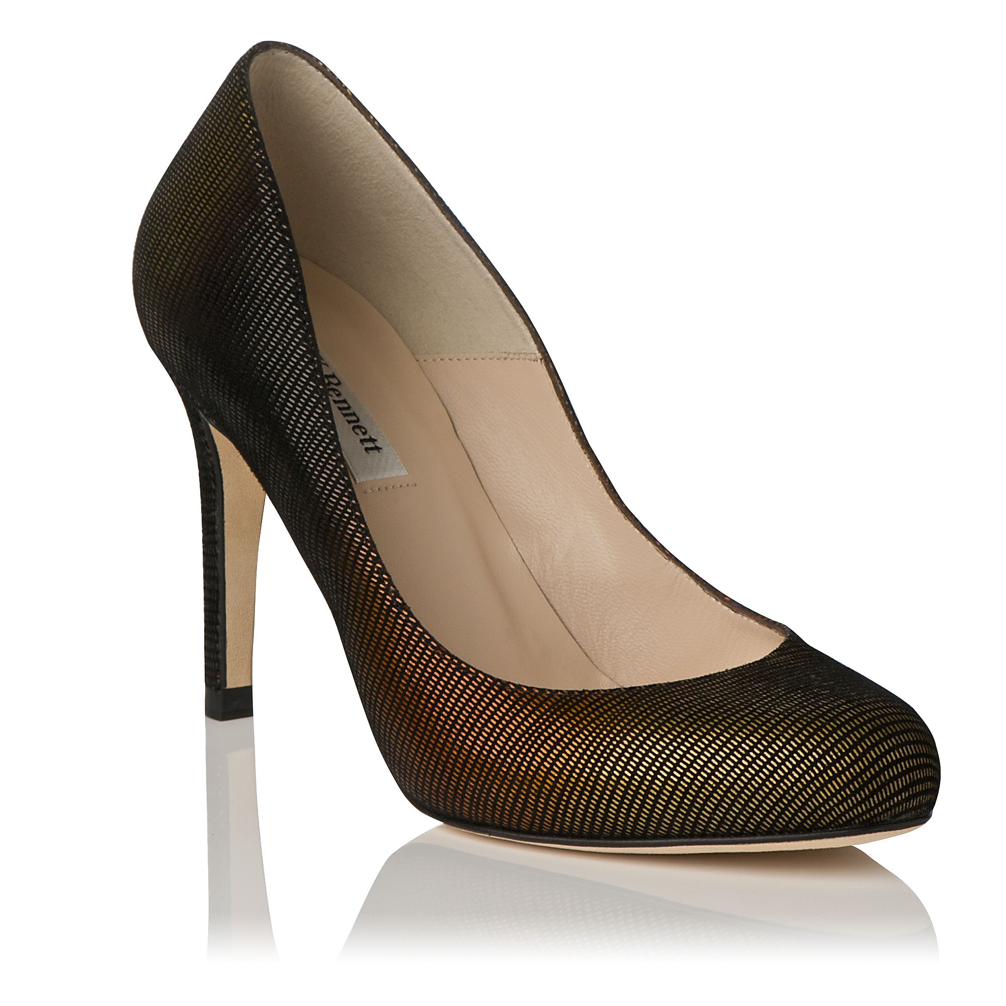 Stila round toe mid heel court shoes