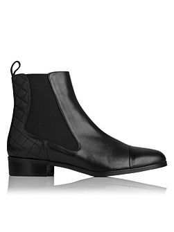 Ronia chelsea boot