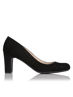 Sersha flexi sole court shoe