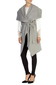 Estonia sleeveless coat
