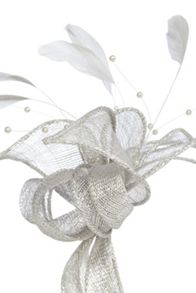 Pearl bead fascinator