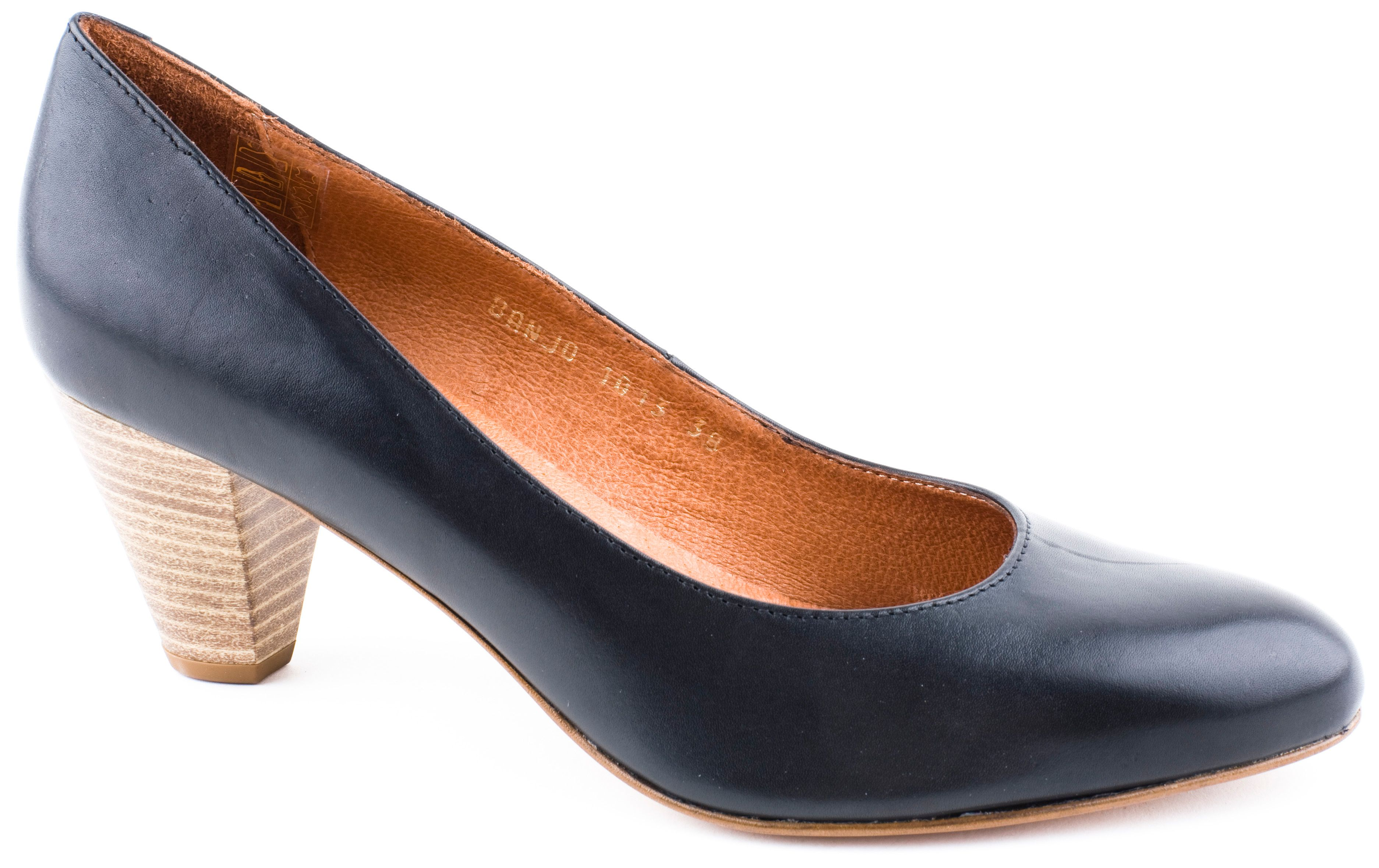 Caitriona slingback court shoes