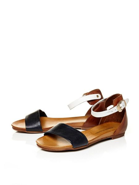 Moda in Pelle Noelle flat casual sandals