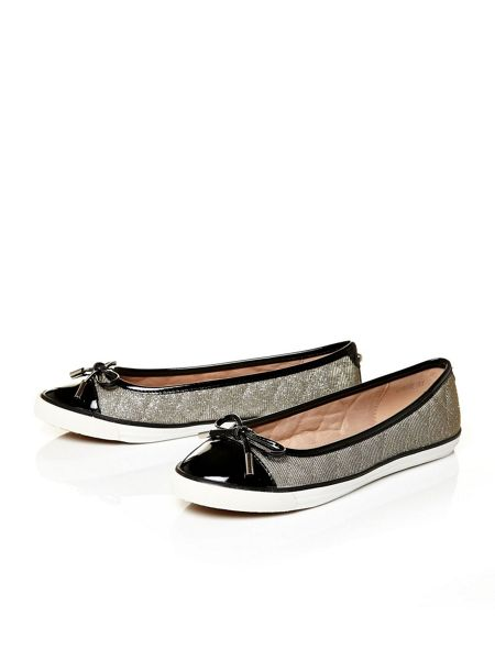 Moda in Pelle Abree flat casual shoes