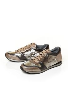 Beatriz low casual shoes