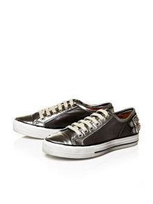 Moda in Pelle Fiannas low casual shoes