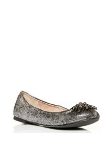 Moda in Pelle Essence flat smart shoes