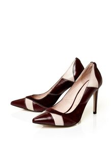 Moda in Pelle Calida pointed toe stiletto court shoes