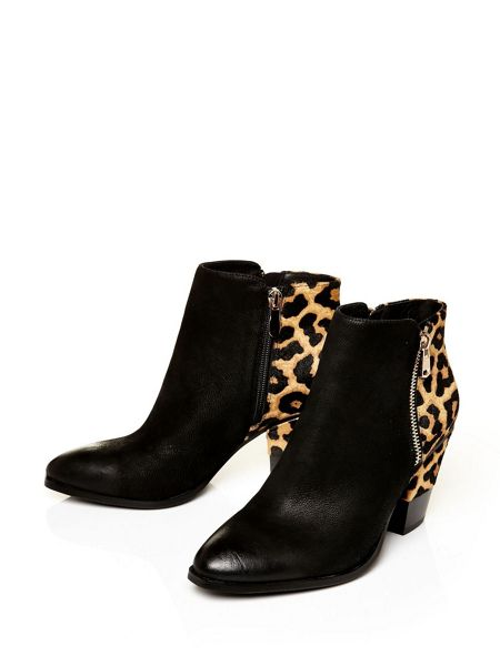 Moda in Pelle Leonor medium smart short boots