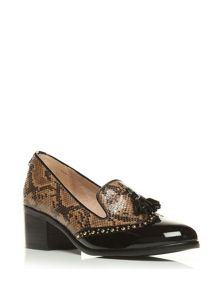 Moda in Pelle Carletta medium smart shoes