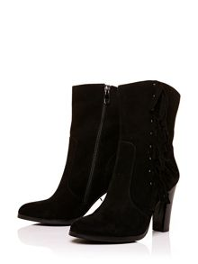 Moda in Pelle Pryana high smart short boots